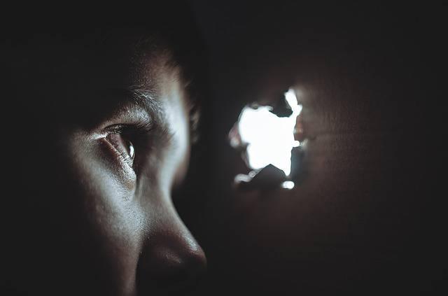 תקיפה מינית של ילדים, נערים וגברים – מאור מאיר שפריר